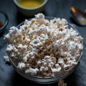 Jalapeño-Buttered Popcorn | www.thenutfreevegan.net