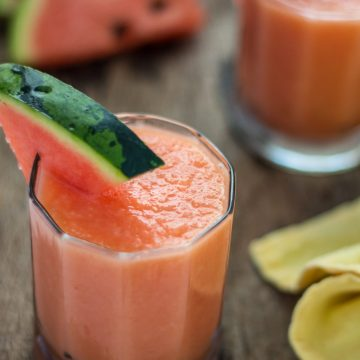 Watermelon Cantaloupe Smoothie | www.thenutfreevegan.net