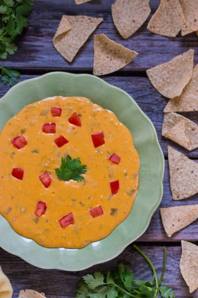 5-Minute, Nut-free Vegan Queso Dip