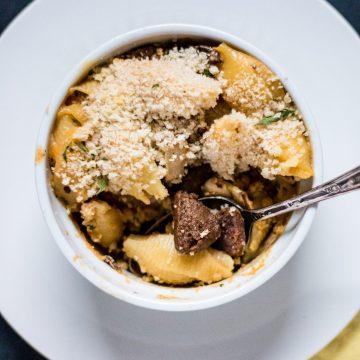 Vegan Philly Cheesesteak Mac and Cheese | www.thenutfreevegan.net