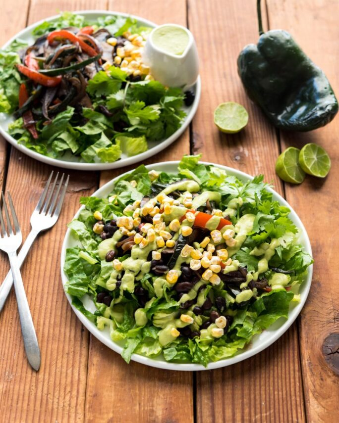 Vegan Yack Attack On the Go Cookbook: Portobello Fajita Salad